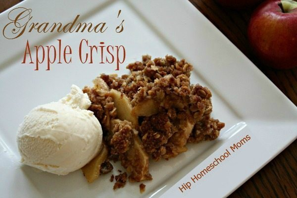 Apple Crisp |Hip Homeschool Moms