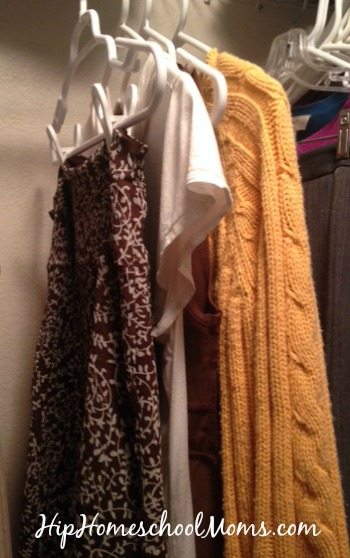 decluttering-clothes-HHH2