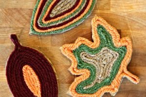finished fall yarn leaf magnets