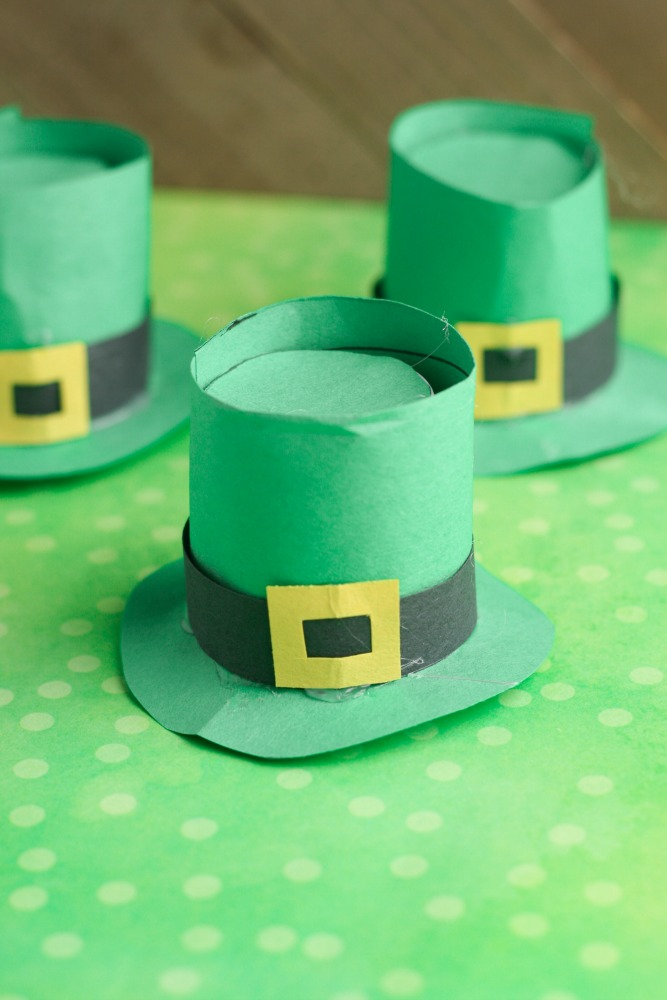 3a817cb63 Leprechaun Hats: A St. Patrick's Day Craft Using Recycled K Cups ...
