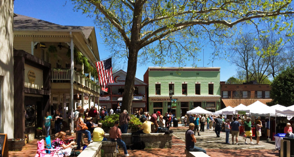People and buildings in downtown Dahlonega GA