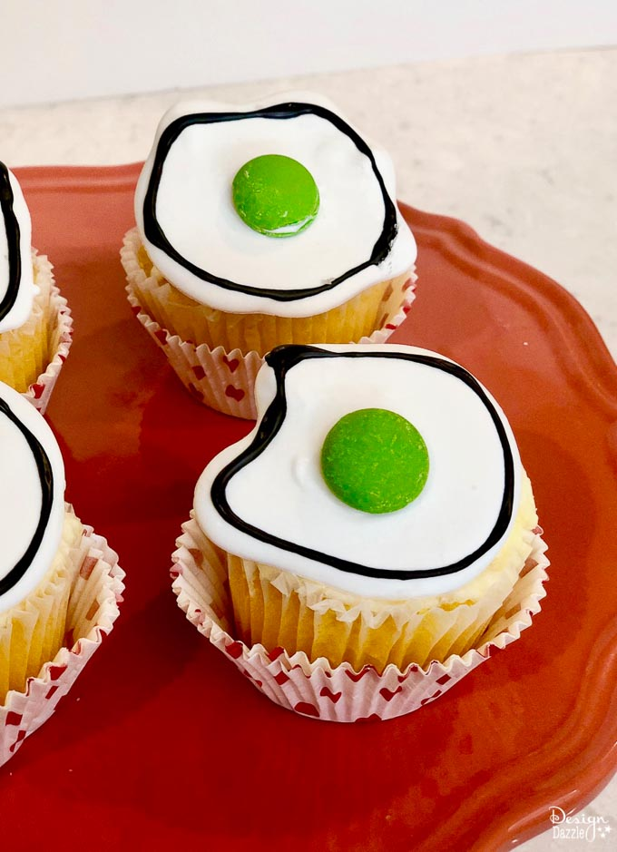 easy dr seuss green eggs cupcakes 4